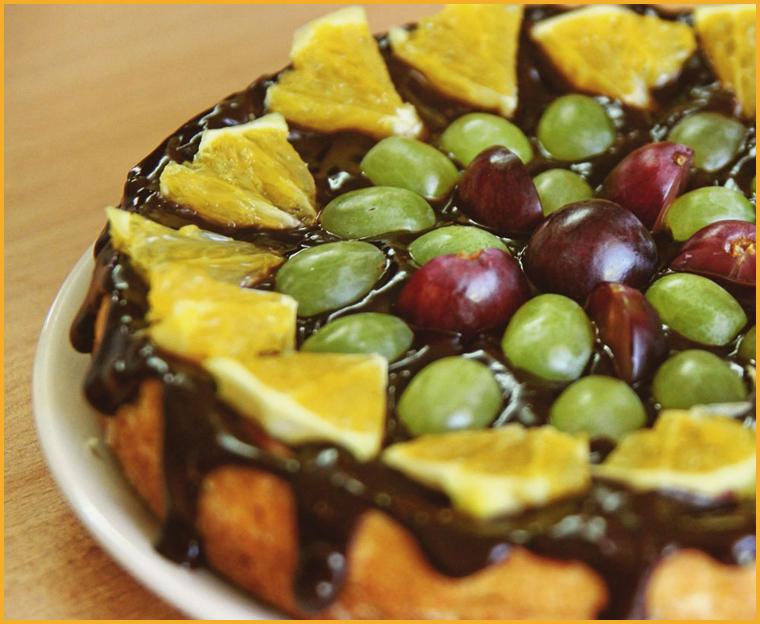 тотр с фруктами