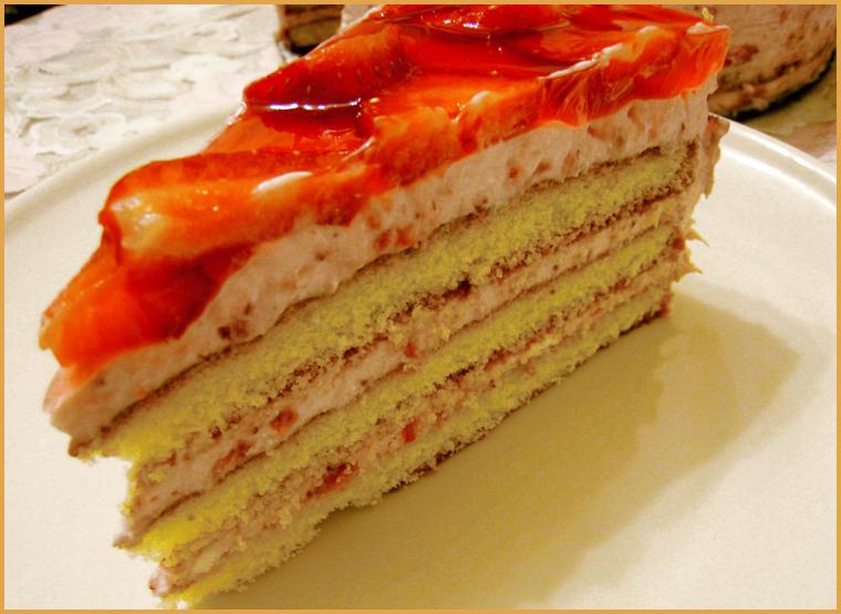 Торт с желе и бисквитом