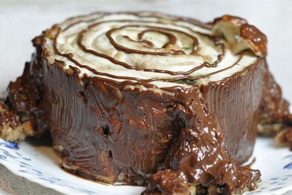 """Вкусный торт """"Трухлявый пень"""""""